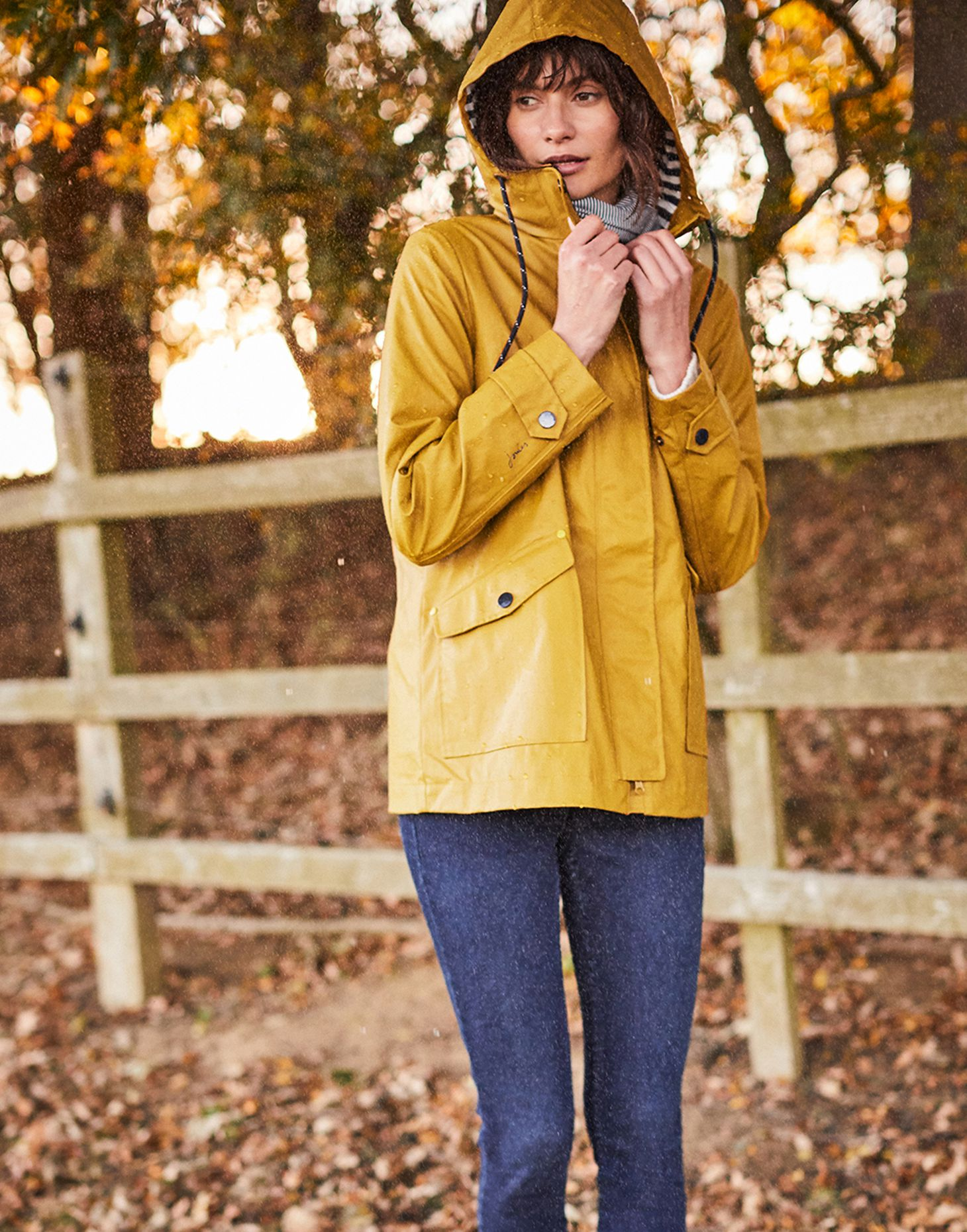 37326ac69 Sailaway Short Waterproof Raincoat