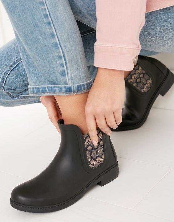 Joules Womens Rutland Premium Rubber Chelsea Boots - Black