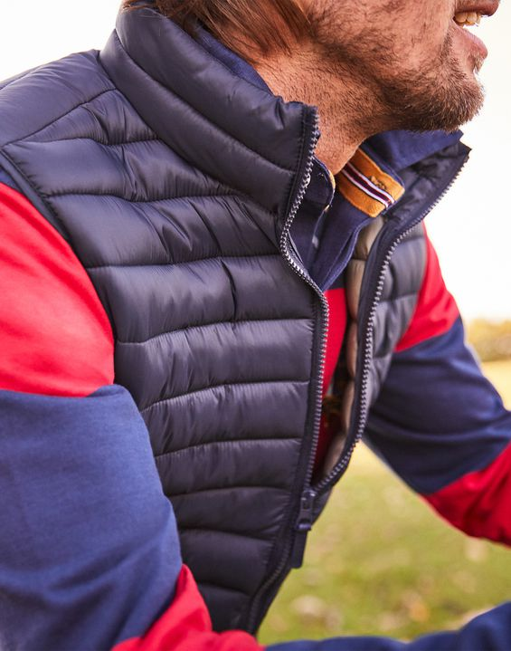 693ec95c31 GO TO Lightweight Quilted Gilet