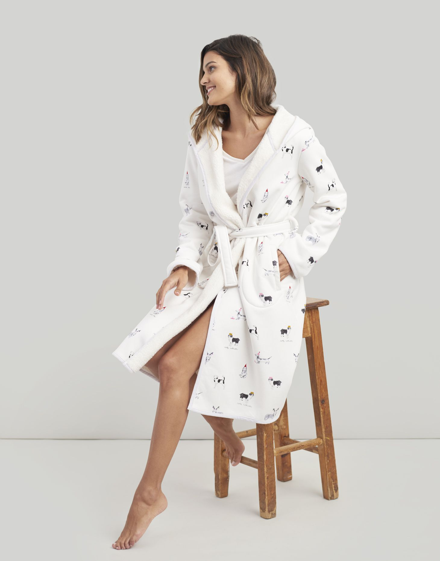 b26caad201 Joules Ida Jersey Dressing Gown With Fluffy Inner in WHITE XMAS DOGS ...